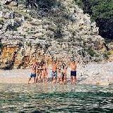 Hrvaška s petkom sprošča številne ukrepe